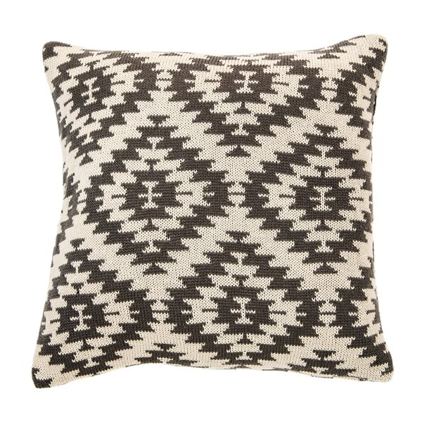 Arold cushion