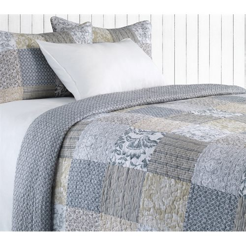 Germaine country style quilt